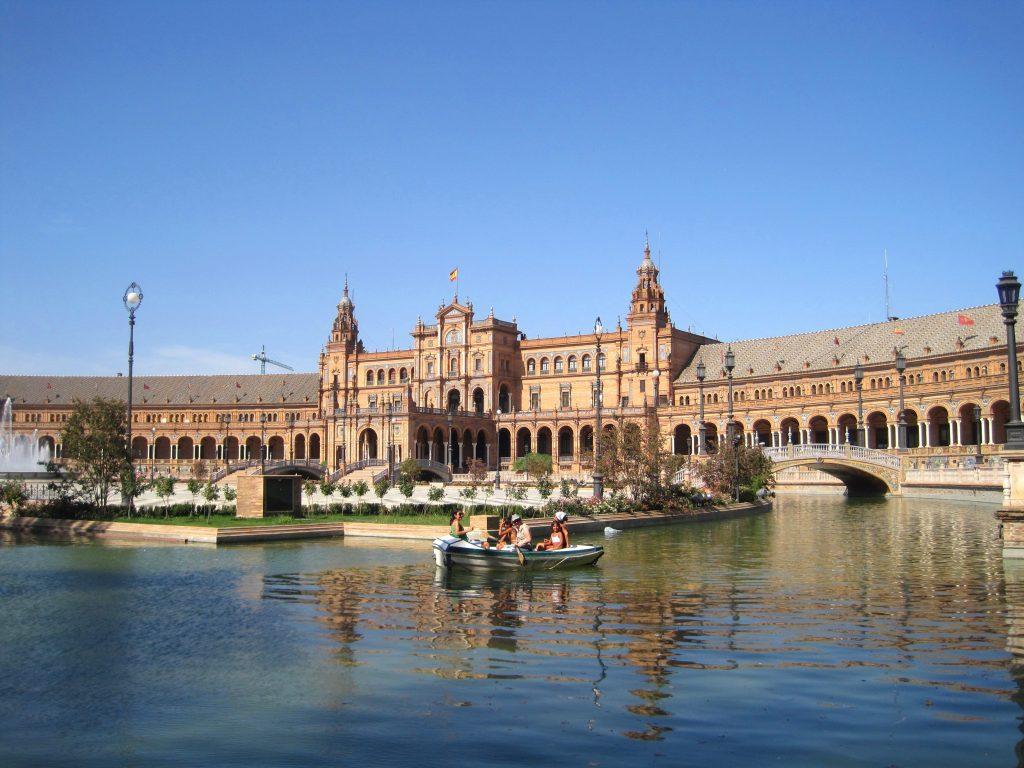 Plaza de España de Sevilla, ambientación de la película de la Guerra de las Galaxias (Star Wars) en el Episodio II - El ataque de los clones