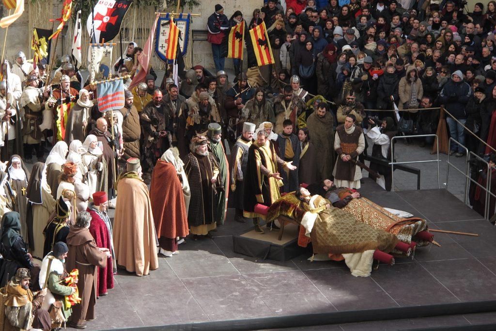 Recreación de la festividad de los Amantes de Teruel donde todo Teruel se vuelca