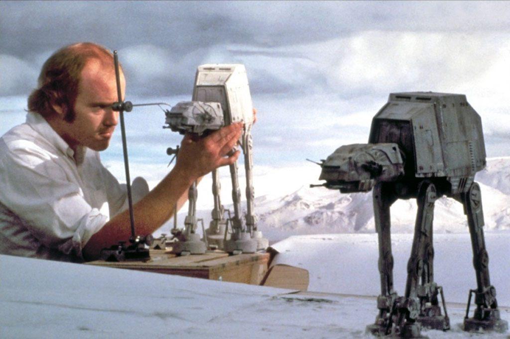 Maquetas de los AT-AT en el rodaje de las peliculas de Star Wars curiosidades del rodaje