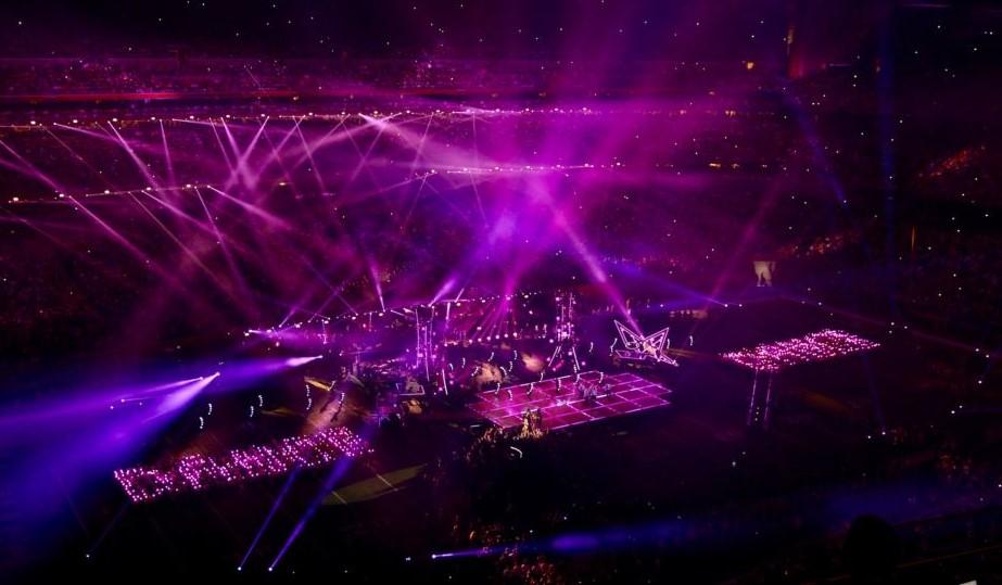 Show de la media parte de la Super Bowl que se hace en el medio del campo y en el que actúan famosos artistas como Michael Jackson, Katy Perry o Bruno Mars