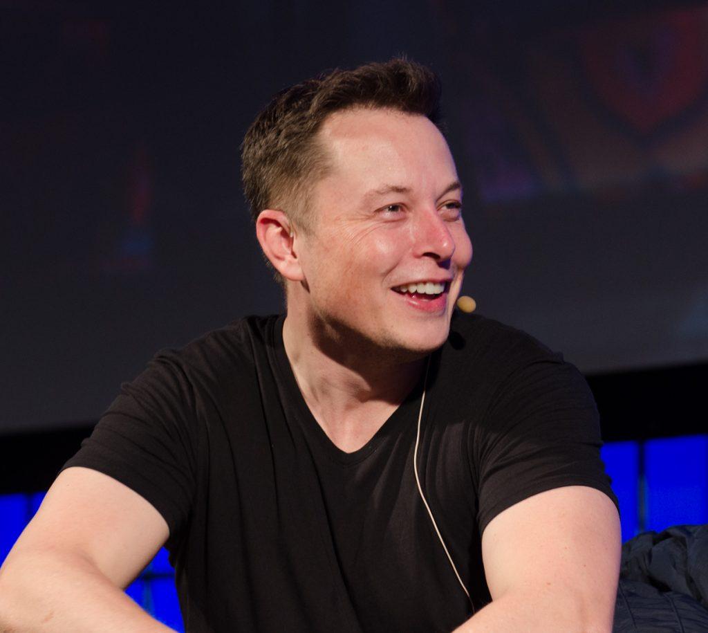 Elon Musk el co-fundador de Tesla, Hyperloop y SpaceX empresa creadora del Falcon Heavy entre otros