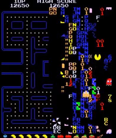 Pantalla final del videojuego de Pac-man imposible de jugar, donde todo está mezclado y no se permite ni siquiera superarla