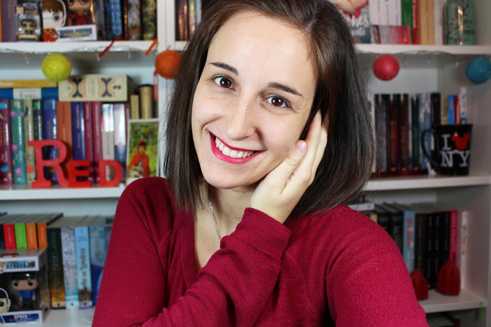 Patricia Garcia, booktuber del canal Little Red Read en YouTuvbe