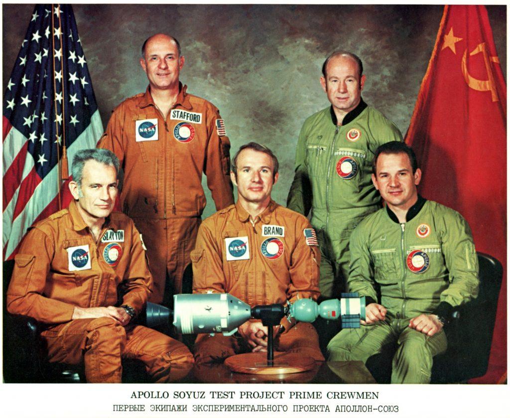 La misión Apollo-Soyuz firmó el final de la guerra fría - NASM